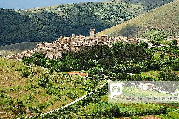 Santo Stefano di Sessanio  Abruzzen  Italien  Europa