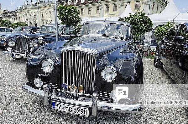 Bentley S2 ab Baujahr ab 1960  Oldtimertreffen Classics meets Barock  Schloss Ludwigsburg  Regierungsbezirk Stuttgart  Baden-Württemberg  Deutschland  Europa