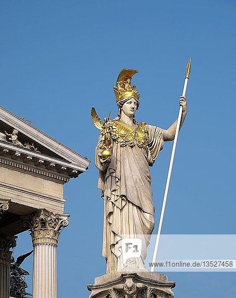 Figur  Pallas-Athene-Brunnen  Parlamentsgebäude  Wien  Österreich  Europa