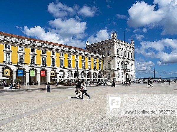 Platz des Handels  Praça do Comercio  Baixa  Lissabon  Portugal  Europa