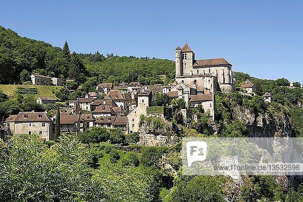 Saint-Cirq-Lapopie on Santiago de Compostela pilgrimage road  Les Plus Beaux Villages de France or The Most Beautiful Villages of France  Lot department  Occitanie  France  Europe