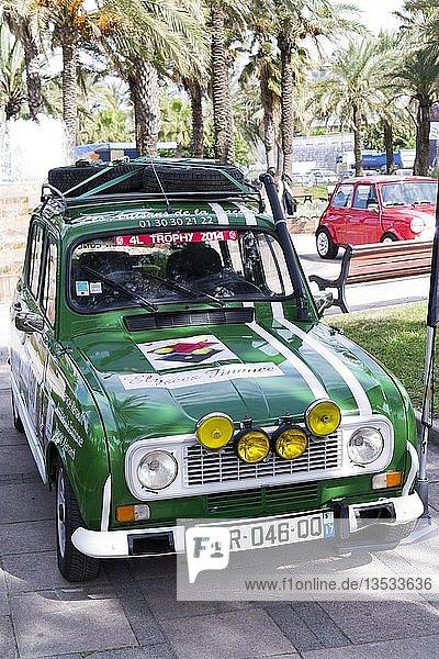 Renault 4 Rallyeauto zur Förderung der Antibes Rallye  Antibes Cote d'Azur  Frankreich  Europa