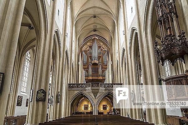 Kirchenorgel der evangelisch-lutherischen Stadtpfarrkirche St. Jakob in Rothenburg ob der Tauber  Bayern  Deutschland  Europa