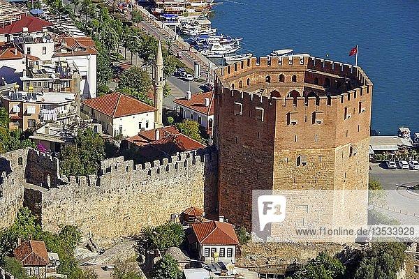 Der rote Turm  Kizil Kule  am Hafen von Alanya  Wahrzeichen  türkische Riviera  Türkei  Asien