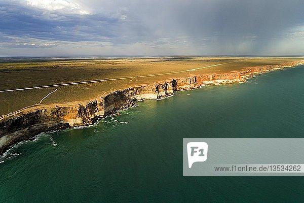 Coastal lanscape. cliffs of the great Australian Bight  Australia  Oceania
