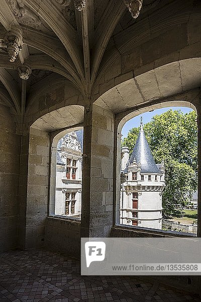 Treppenhaus  Chateau Azay-le-Rideau  Renaissance-Schloss an der Loire  UNESCO-Weltkulturerbe  Département Indre-et-Loire  Frankreich  Europa
