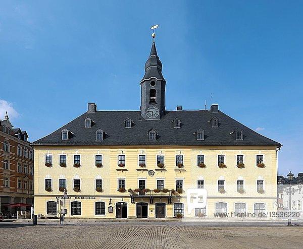 Rathaus  Marktplatz  Annaberg-Buchholz  Erzgebirge  Sachsen  Deutschland  Europa