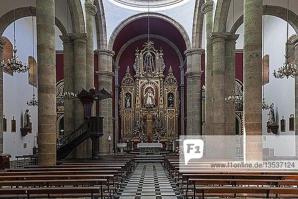 Innenansicht  Altarraum  Iglesia de San Sebastian  Agüimes  Gran Canaria  Kanarische Inseln  Spanien  Europa
