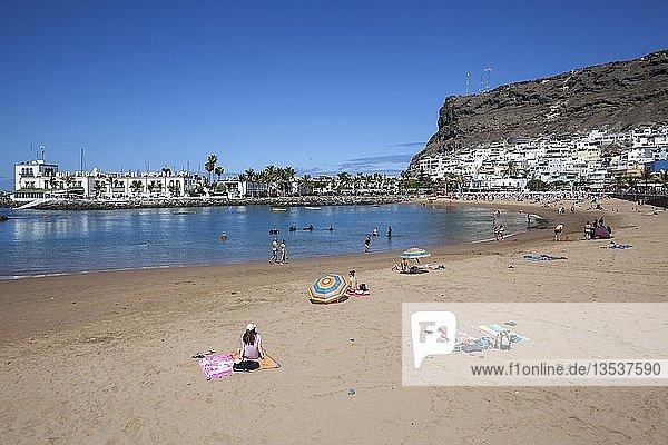 Sandstrand  Puerto de Mogan  Gran Canaria  Kanarische Inseln  Spanien  Europa