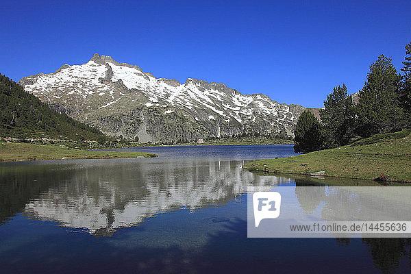 France  Occitanie  Hautes Pyrenees department (65)  Aragnouet (Saint Lary Soulan area)  natural reserve of Neouvielle  Aumar lake