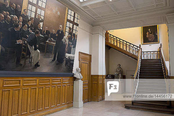 'France. Paris 6th district. Faculty of Medicine. Paris V Rene Descartes university. Site of the siege of the faculty. Museum of history of medicine. A painting of Andre Brouillet '' A clinical lesson in Salpêtriere '' (with the neurolog Jean Martin Charcot)'