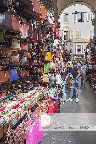 Handbag stall at Mercato Nuovo market in Florence  Tuscany  Italy