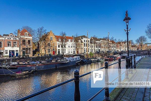 The canal along Handelskade street  Den Bosch  The Netherlands