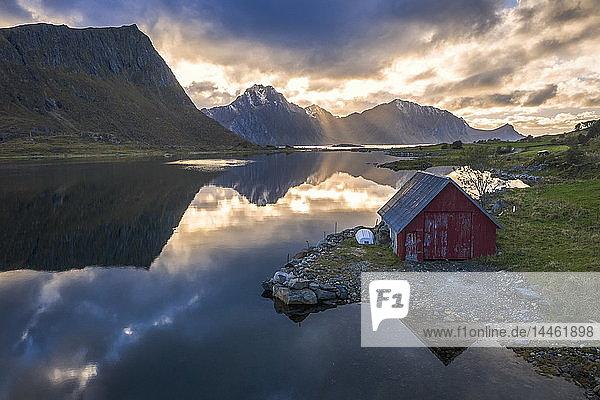 Traditional rorbu  Vagspollen  Leknes  Nordland  Lofoten Islands  Norway