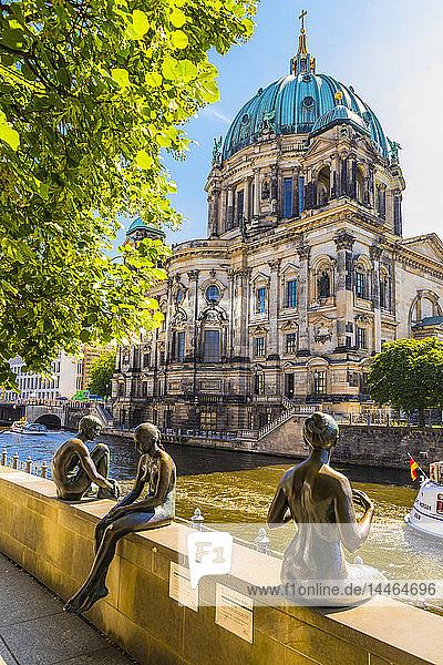 Wilfried Fitzenreiter sculptures by Berlin Cathedral in Berlin  Germany