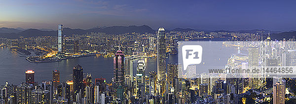 Skyline of Hong Kong Island and Kowloon from Victoria Peak at dusk  Hong Kong Island  Hong Kong  China