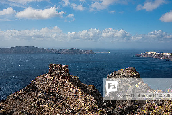 View of Caldera in Santorini  Cyclades  Aegean Islands  Greek Islands  Greece  Europe