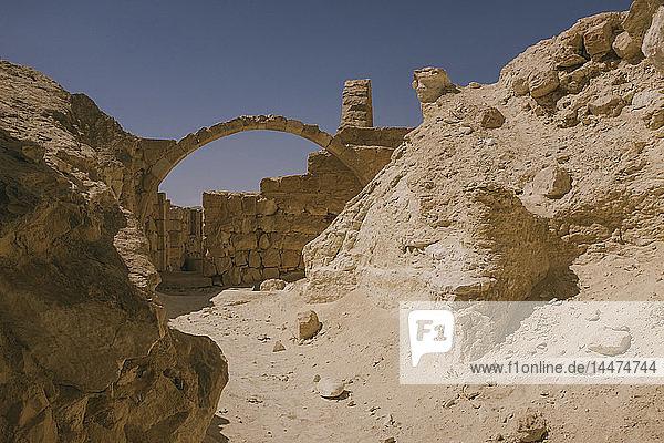 Israel  Negev  Avdat-Nationalpark  Kirchenruine in der Wüste