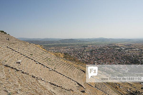Türkei  Bergama  Akropolis  Amphitheater