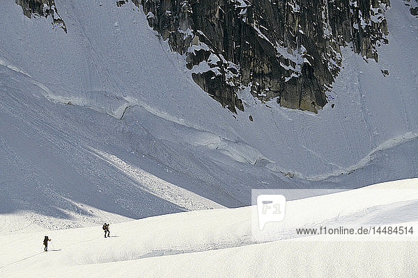 Climbers Skiing on Glacier Crevasses Alaska Range AK/nDenali Nat´l Park