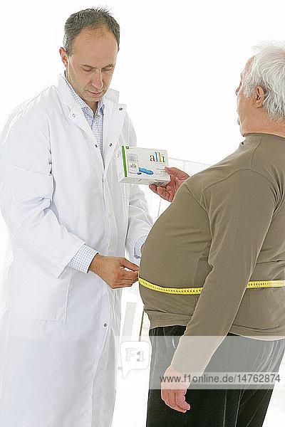 OBESITY TREATMENT ELDERLY PERSON