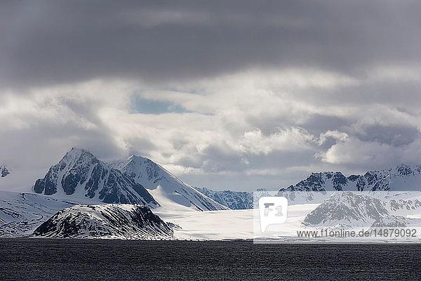 Smeerenburg Fjord  Amsterdamoya  Spitsbergen  Svalbard  Norway