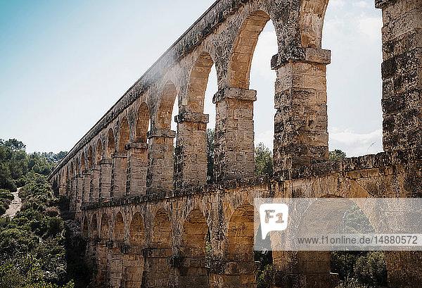 Les Ferreres Aqueduct  The Devil´s Bridge  Tarragona  Catalonia  Spain