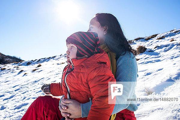 Mutter und Sohn in Piani Resinelli  Lombardei  Italien