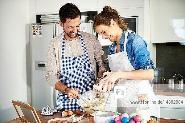 Backen zu zweit in der Küche