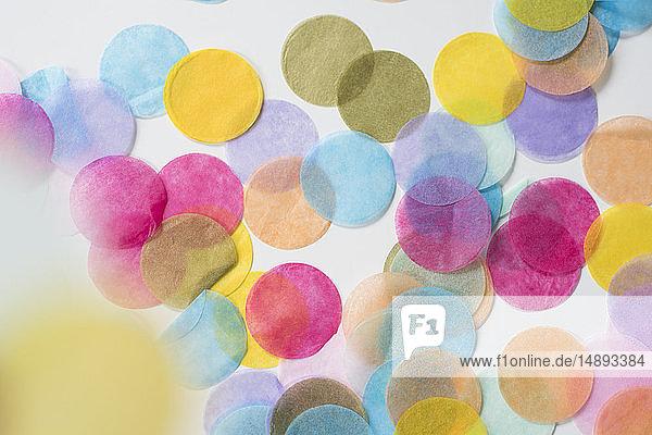 Circular confetti