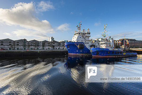 Ships in the port of Cork; Cork City  County Cork  Ireland