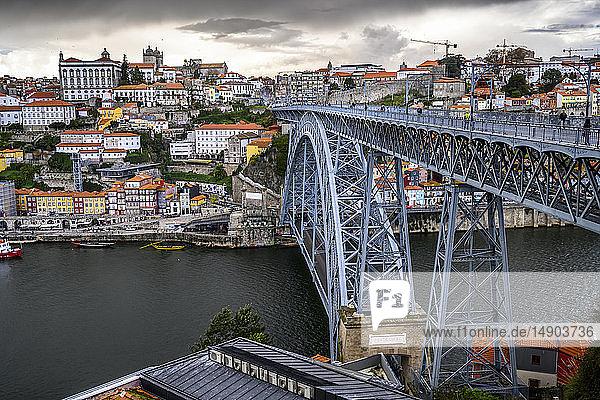 The Dom Luis I bridge  the icon for Porto; Santa Marinha  Porto  Portugal
