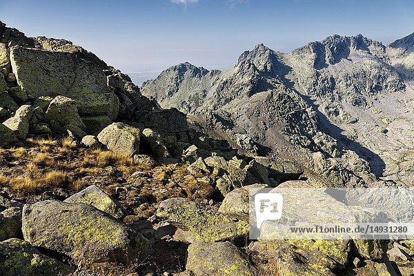 Cuchillar de las Navajas and Machos pass fron Morezon peak in the Sierra de Gredos on a sunny day. Avila. Spain