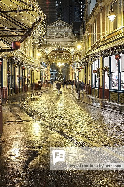UK   London  Lime Street Passage leading to Leadenhall Market which is one of the oldest markets in London  dating from the 14th century  and is located in the historic centre of the City of London financial district.