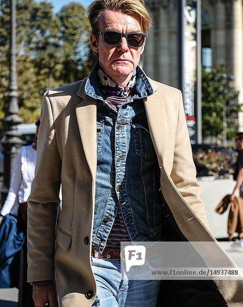 PARIS  France- September 27 2018: Ken Downing on the street during the Paris Fashion Week.