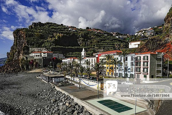 Ponta do Sol  Madeira  Portugal The little community of Punta do Sol by the Atlantic Ocean.
