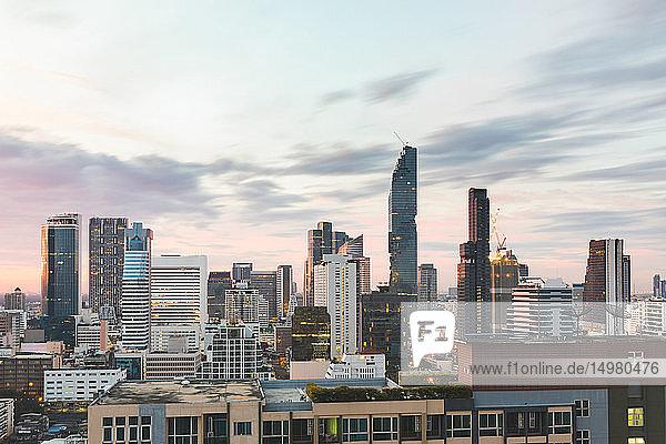 Stadtbild bei Tag  Bangkok  Thailand