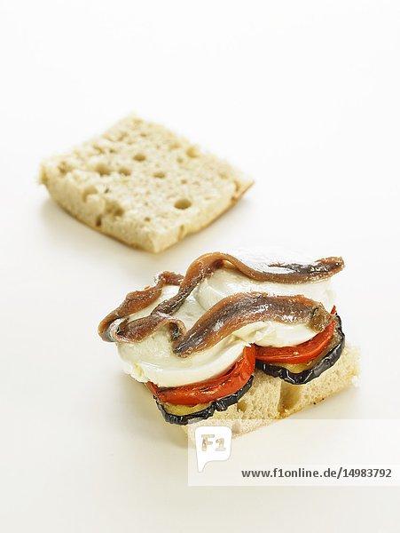 Bocadillos del mundo: panini  italia. abierto.