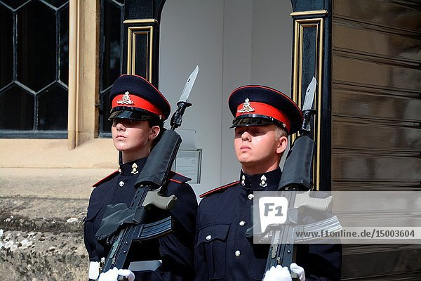 Two Royal Logistic Corps soldiers guarding the Crown Jewels. It is a honor given to the corps in recognition of their 25th anniversary. Tower of London  London  England  Great Britain.