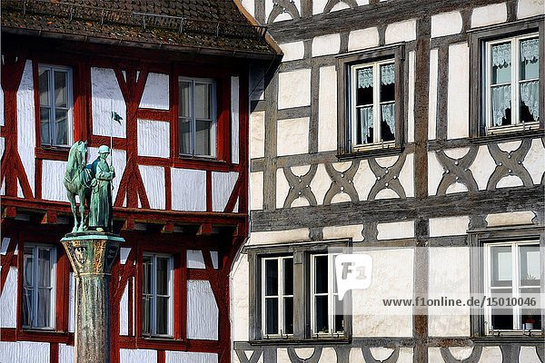 Half-timbered buildings at Rathausplatz - Town hall square  in front Kriegerbrunnen - Warrior fountain  historic part of Forchheim  Forchheim  Franconian Switzerland  Upper Franconia  Franconia  Bavaria  Germany  Europe