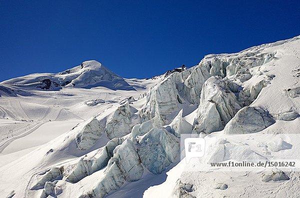 Seracs  ice towers  on the glacier Feegletscher  peak Allalinhorn behind  Saas-Fee  Valais  Switzerland.