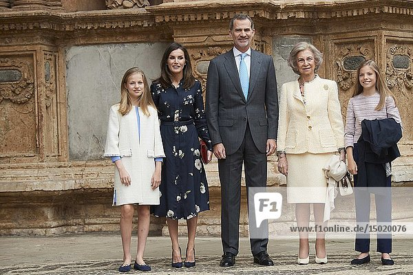 King Felipe VI of Spain  Queen Letizia of Spain  Crown Princess Leonor  Princess Sofia  Queen Sofia of Spain arrive for the Easter Mass at Cathedral of Palma de Mallorca on April 21  2019 in Palma  Spain