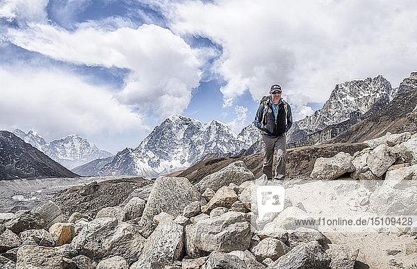 Nepal  Solo Khumbu  Everest  Mountaineer at Gorak Shep