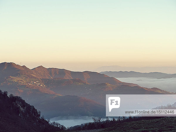 Spanien  Asturien  Collada de Pelugano