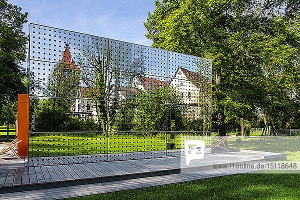 Spiegelung der Altstadt  Waiblingen  Deutschland