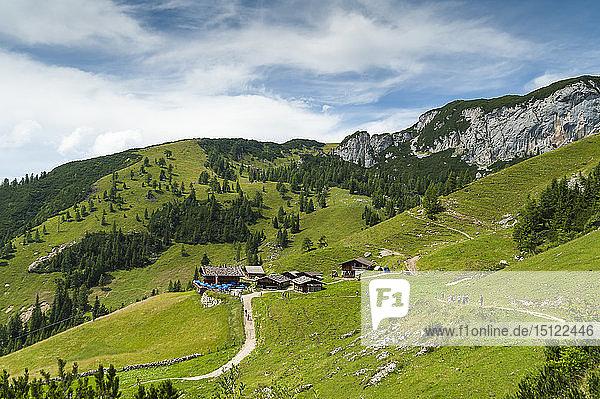 Österreich  Tirol  Maurach  Rofangebirge  Berghütten