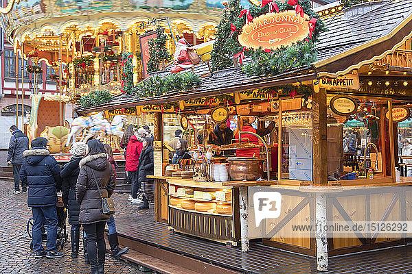 Food stall at Frankfurt Christmas Market  Frankfurt am Main  Hesse  Germany  Europe