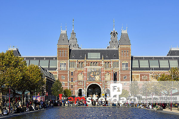 The Rijksmuseum with the IAMSTERDAM sign  Amsterdam  North Holland  The Netherlands  Europe