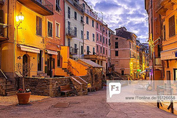 Main street of Vernazza at twilight  Cinque Terre  UNESCO World Heritage Site  Liguria  Italy  Europe