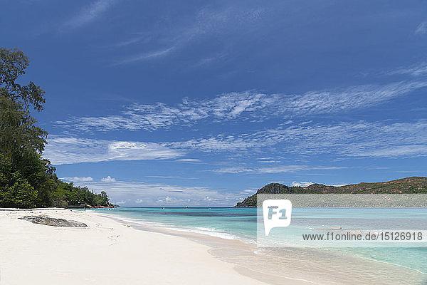 A view along Anse Boudin toward Curieuse Island from Praslin  Seychelles  Indian Ocean  Africa